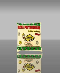 Comprar Crema agria en un paquete