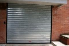 Las persianas de puerta