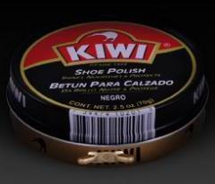 Limpieza de zapatos marca kiwi