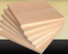 Contrachapado de madera blanda