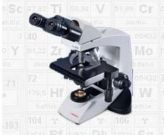 Microscopio médico