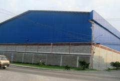 Edificios de construcciones metálicas ligeras
