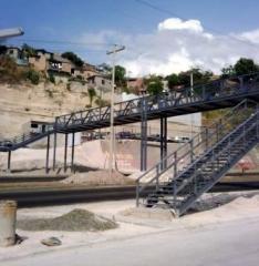 Puente de metal