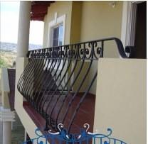 Balcones de hierro forjado