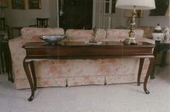 Queen Anne Sofa Console