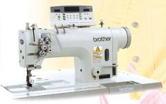 Máquina de coser T-8720B
